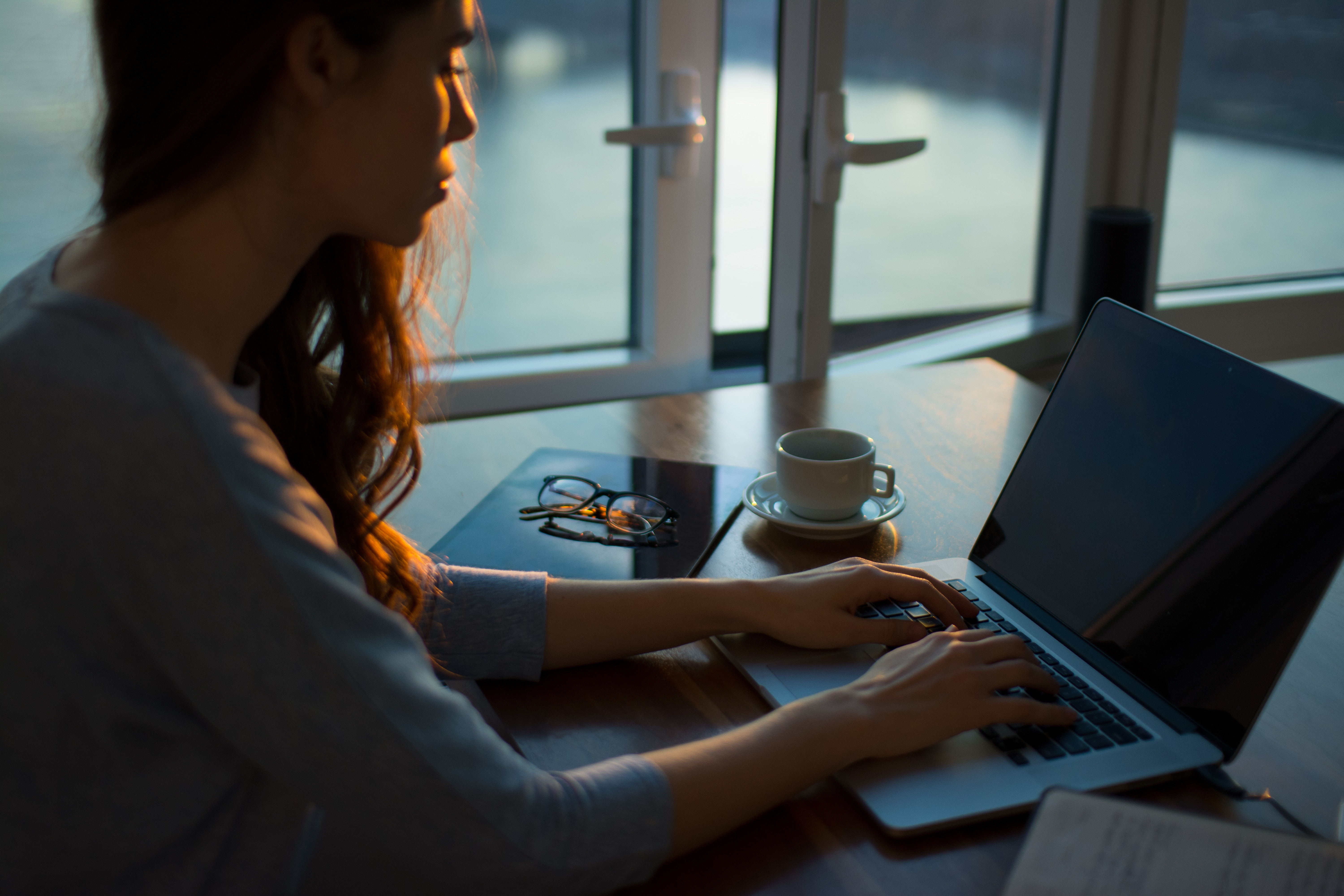 12 Tips for Surviving a Stressful Work-From-Home Life